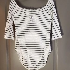 NWT Express off the shoulder body suit. Pet and Sm
